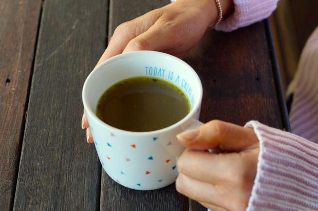 The Benefits of Bone Broth and how to Make Bone Broth2