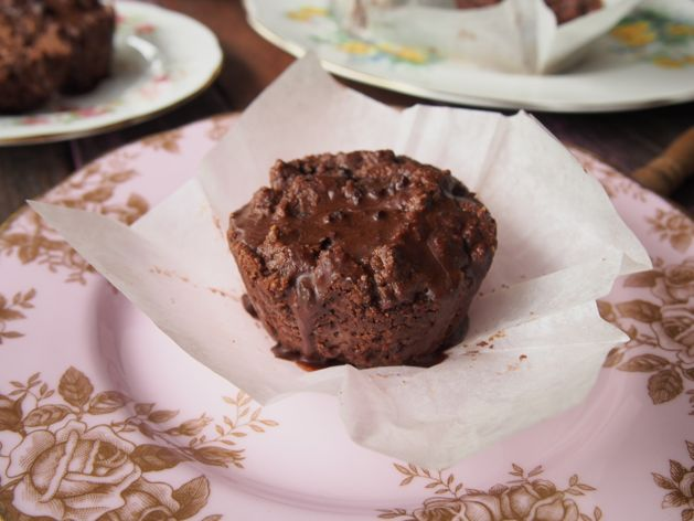 egg free sweetener free chocolate muffins