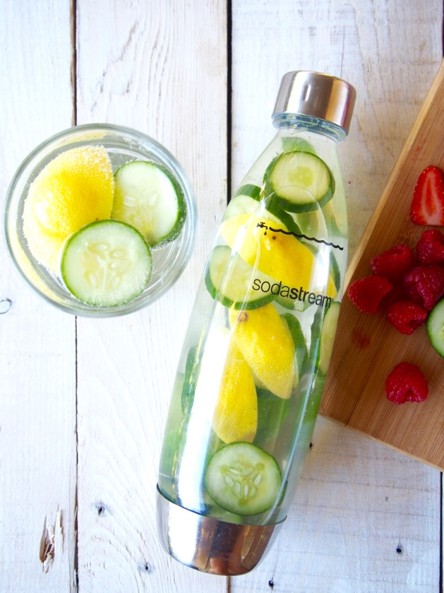 how to make sparkling water at home