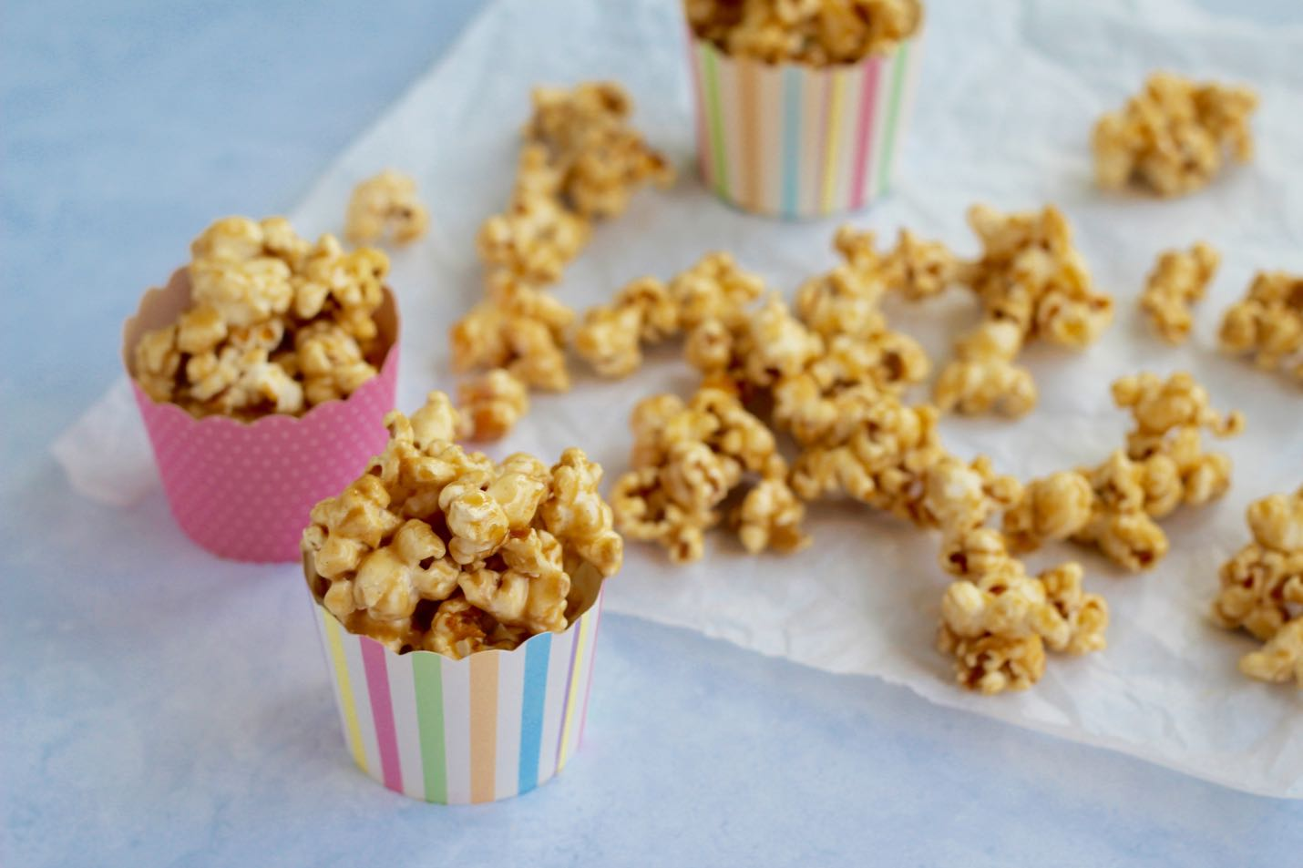 healthy-caramel-popcorn-feature
