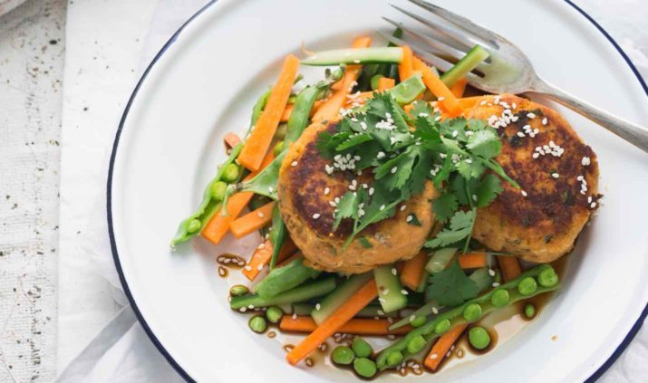 easy-peasy-thai-salmon-cakes-with-crunchy-salad-feature