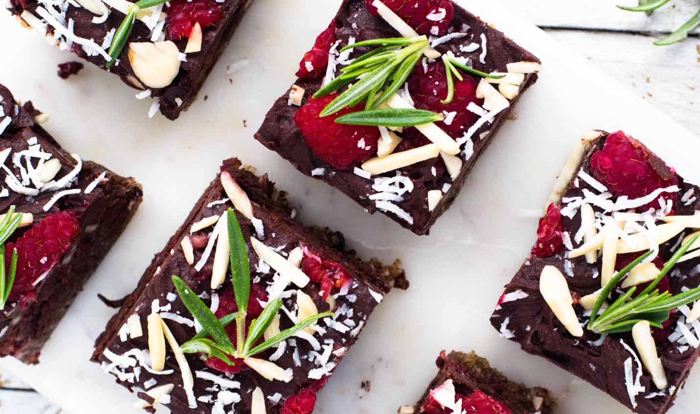 macadamia-raspberry-and-rich-chocolate-slice-feature